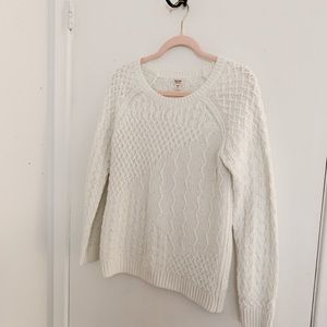 white mossimo knit sweater